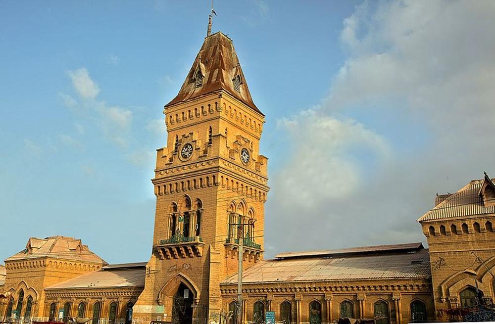 Empress Market Karachi