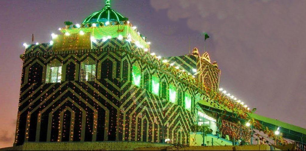 ziarat-of-abdullah-shah-gazi-karachi